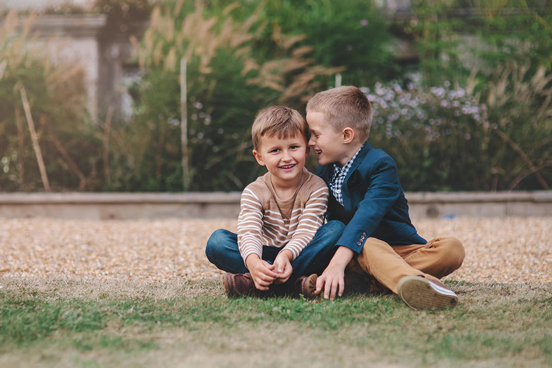 Siblings at Stansted House by Moira Lizzie Photography